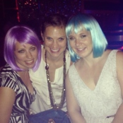 Have wigs, will travel: Colby, Karli & I